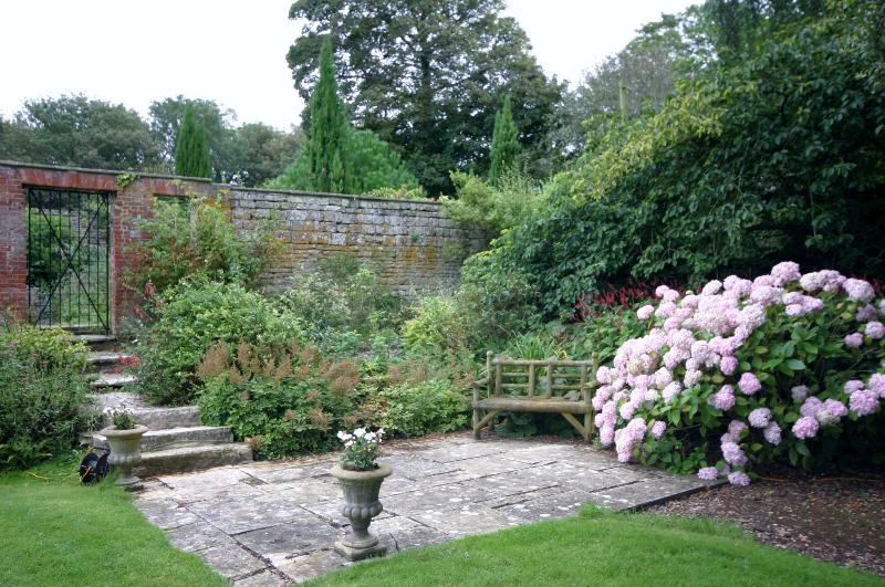 smedmore house gardens caravan site